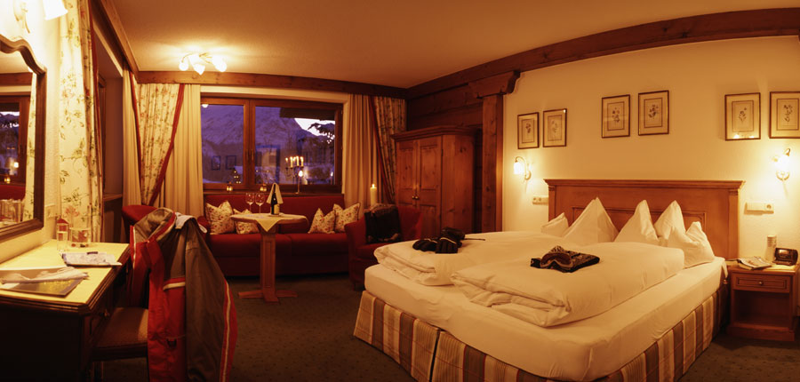 Hotel Haldenhof, Lech, Austria - Superior twin room.jpg